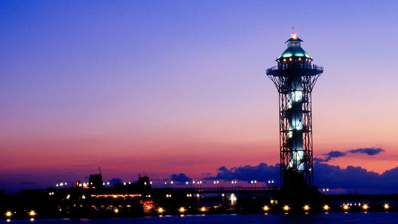 The sun sets behind Erie's Bicentennial Tower