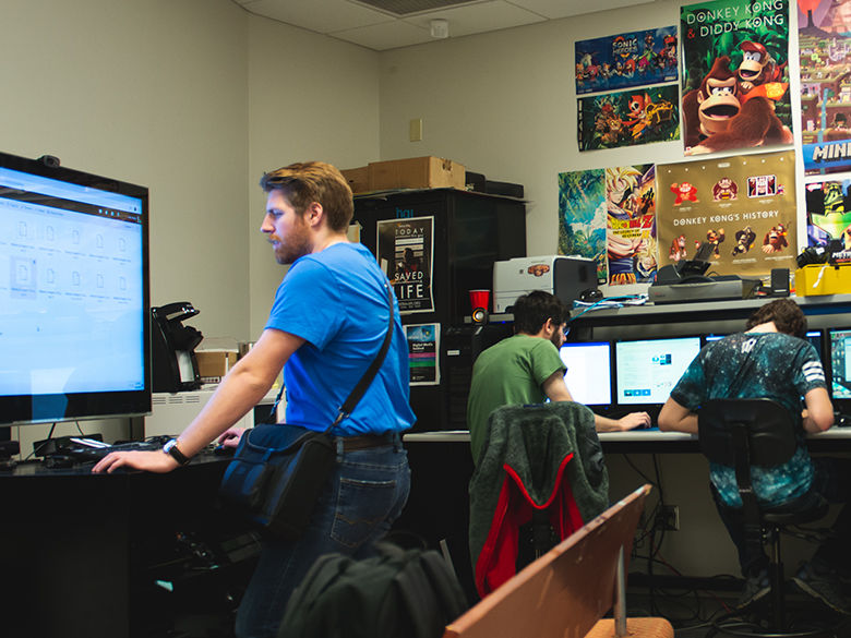 Students work in the gaming lab.