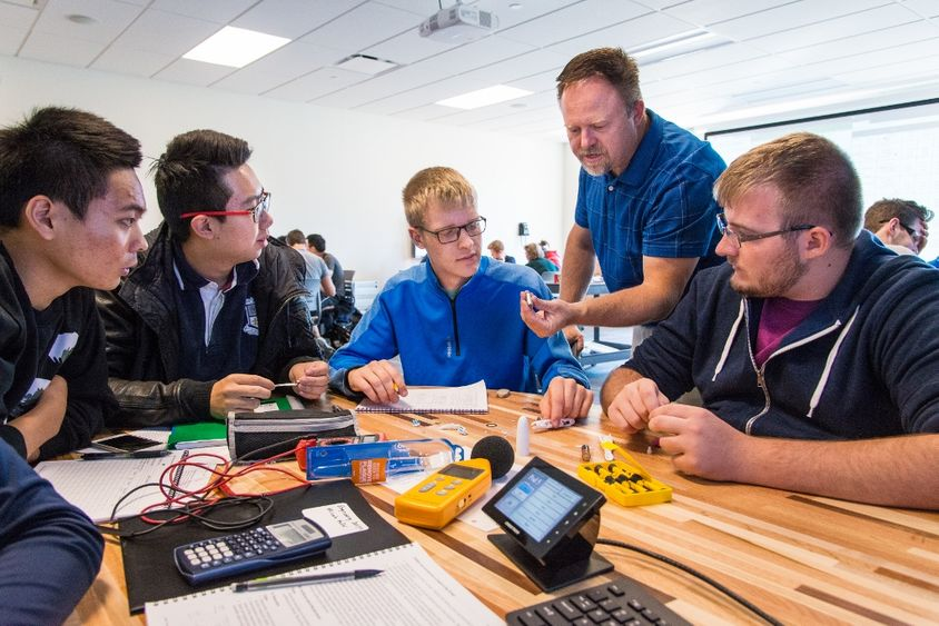 Students work on a design project at the School of Engineering at Penn State Behrend.